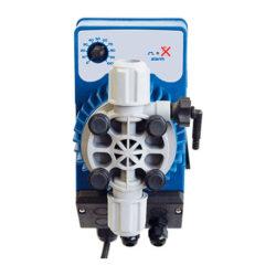 Дозирующий насос Kompact AML с аналоговым контролем и регулируемым расходом, постоянное дозирование